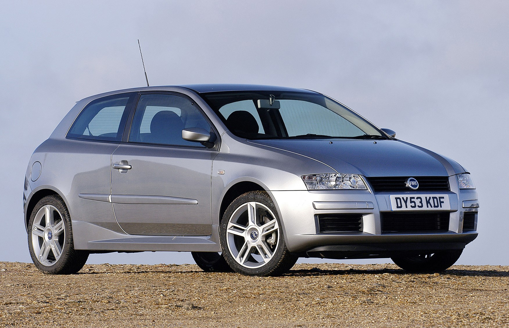 fiat stilo hatchback review 2002 2007 parkers