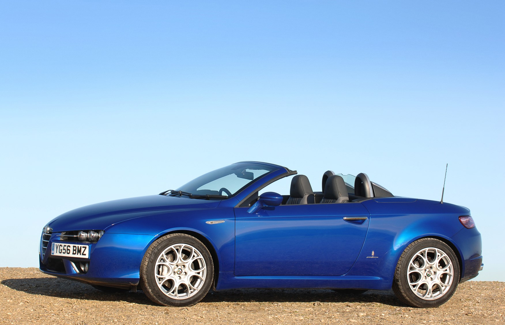 Alfa Romeo Spider Convertible 2007 2010 Features Equipment And Engine Diagram How Much Is It To Insure