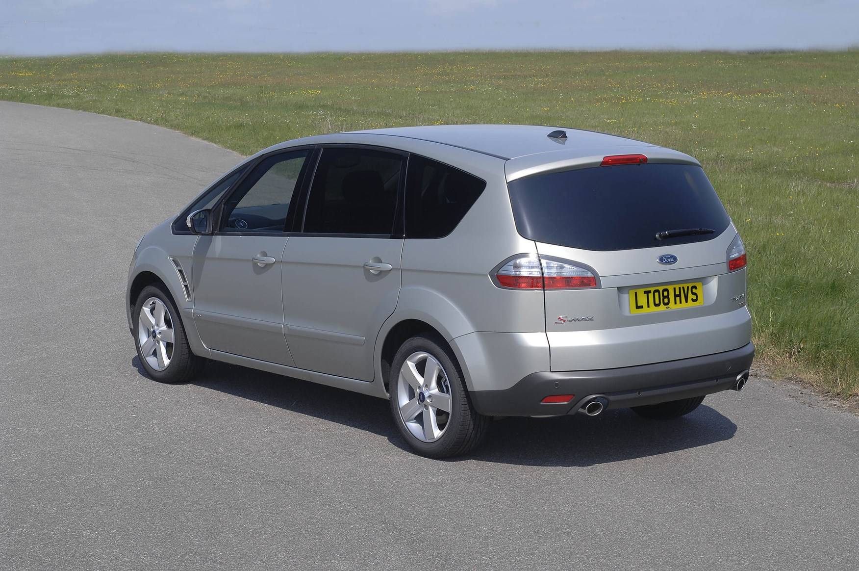ford s max estate review 2006 2014 parkers. Black Bedroom Furniture Sets. Home Design Ideas