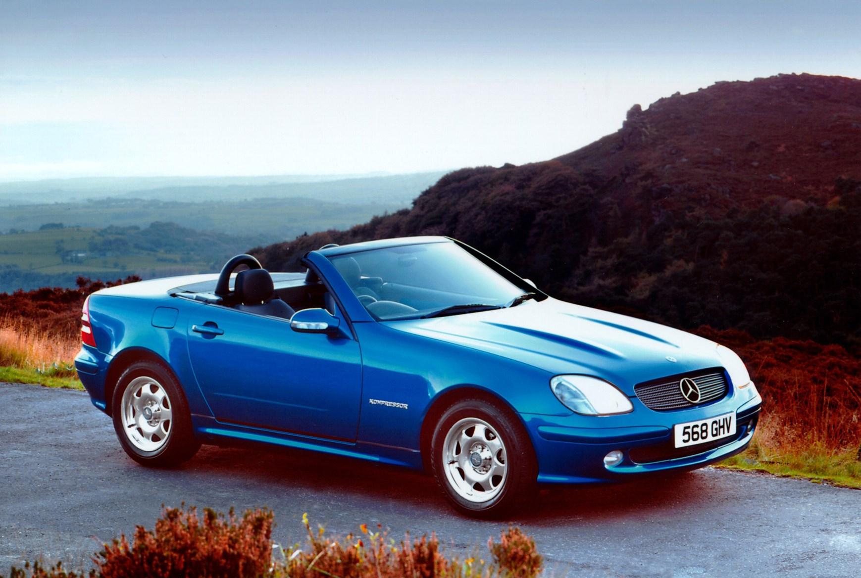 Mercedes benz slk roadster review 1996 2004 parkers for Mercedes benz slk reviews