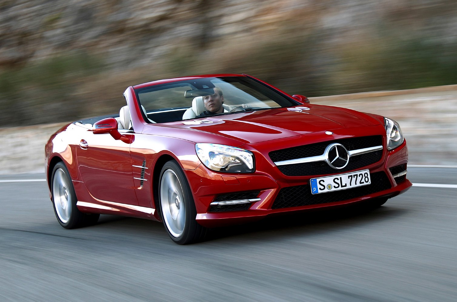 Mercedes benz sl class convertible review 2012 parkers for Mercedes benz sl550