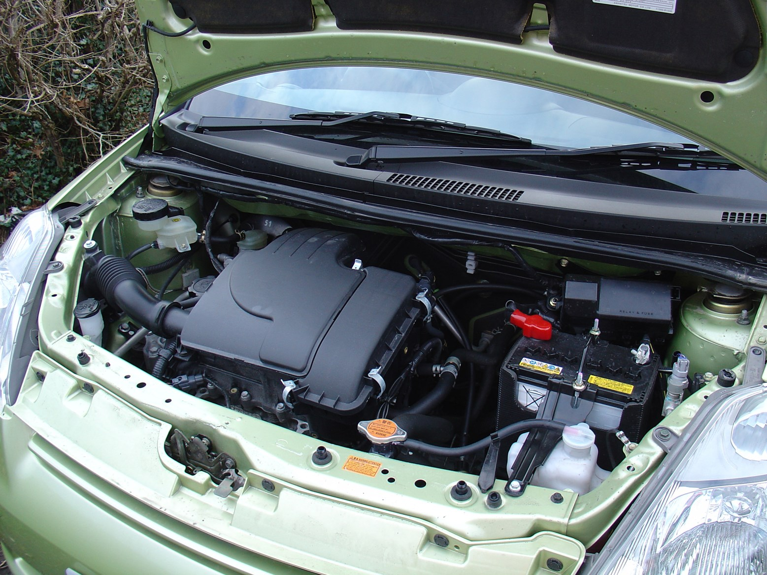 Used Daihatsu Sirion Hatchback (2005 - 2010) Engines | Parkers