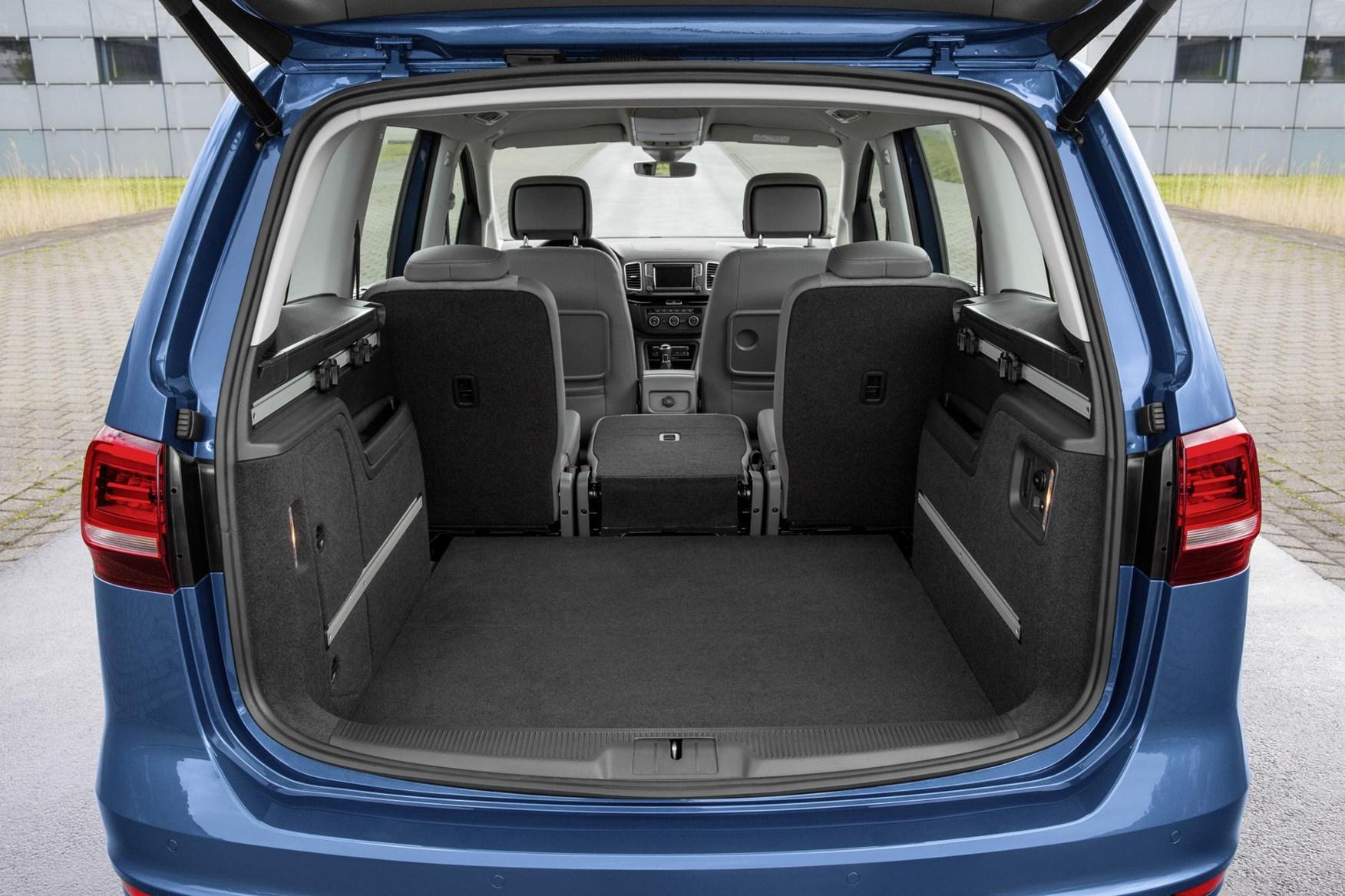 Volkswagen Sharan (2020) Practicality, Boot Space ...