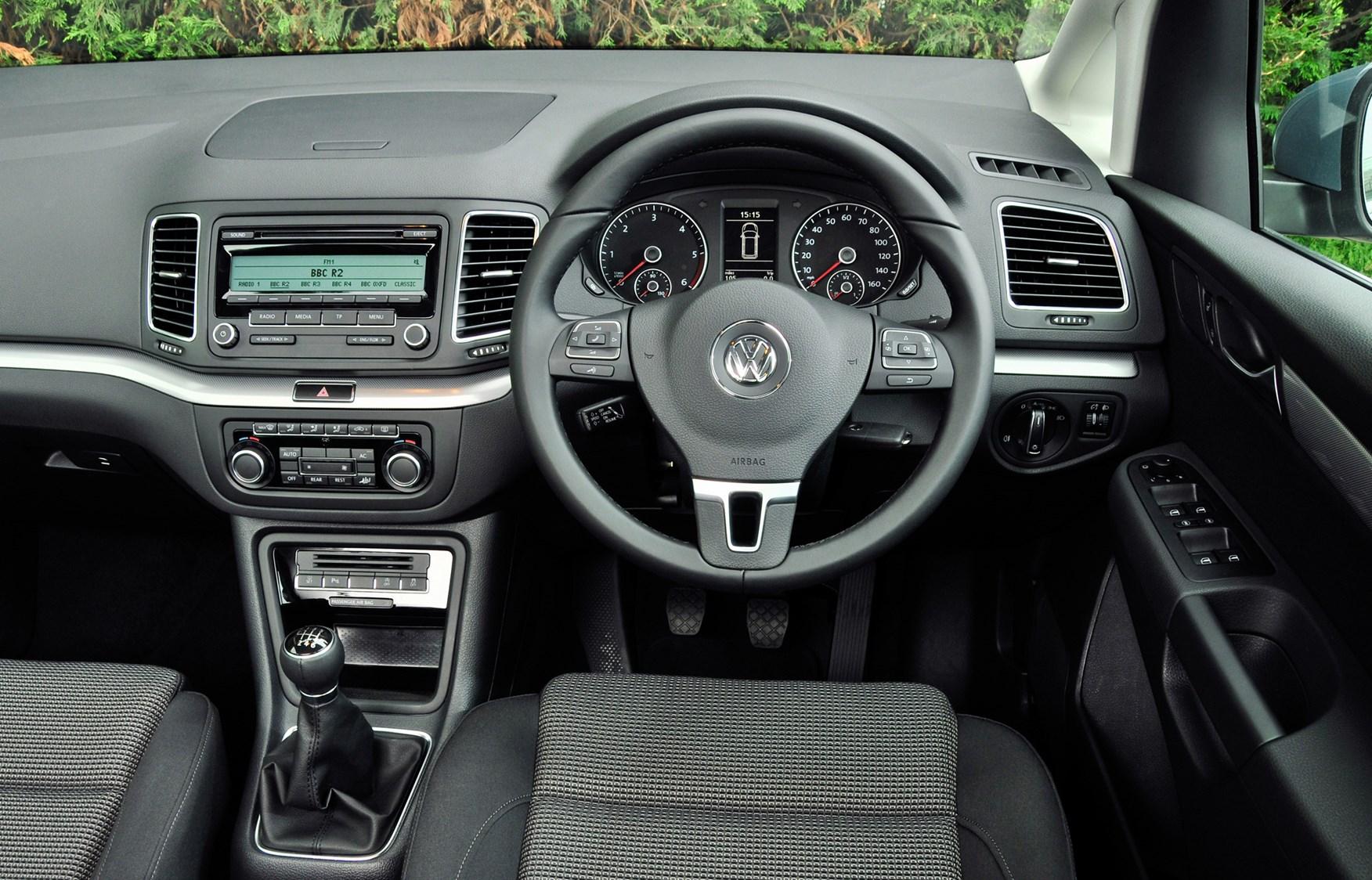 Insure Com Review >> Volkswagen Sharan Estate Review (2010 - ) | Parkers