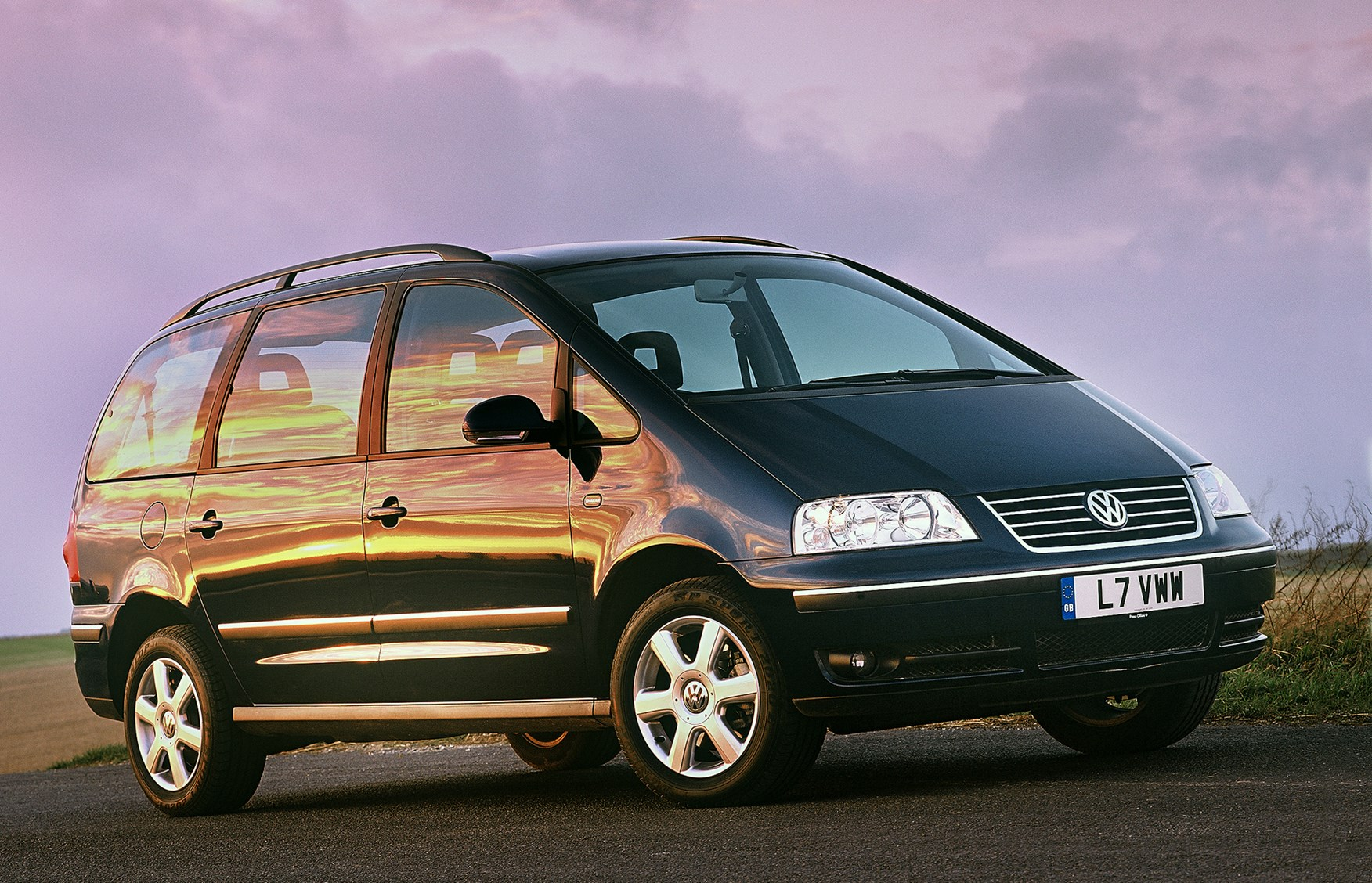 volkswagen sharan estate review 2000 2010 parkers. Black Bedroom Furniture Sets. Home Design Ideas