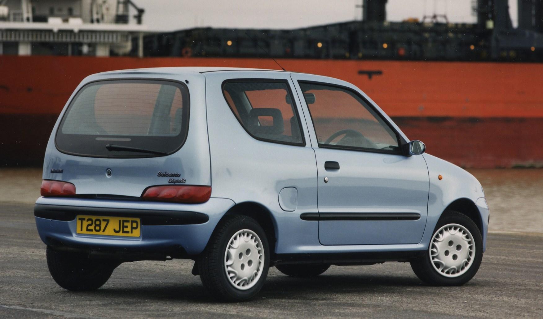 review hatchback fia seicento parkers fiat