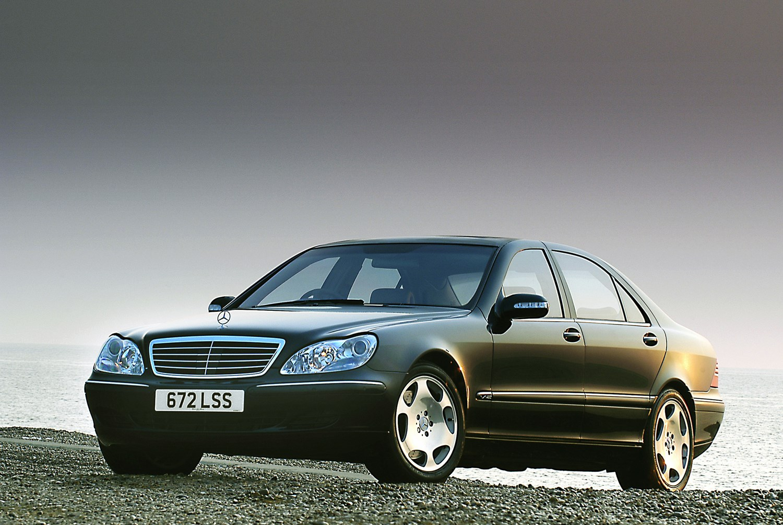 Mercedes-Benz S-Class Saloon Review (1999 - 2005) | Parkers
