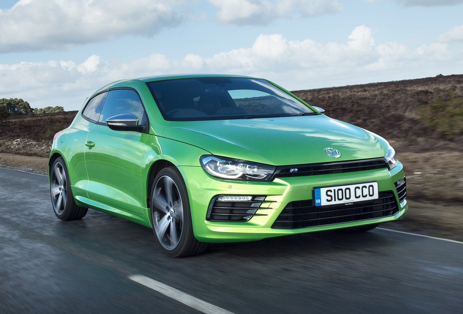 volkswagen scirocco r review 2010 2018 parkers. Black Bedroom Furniture Sets. Home Design Ideas