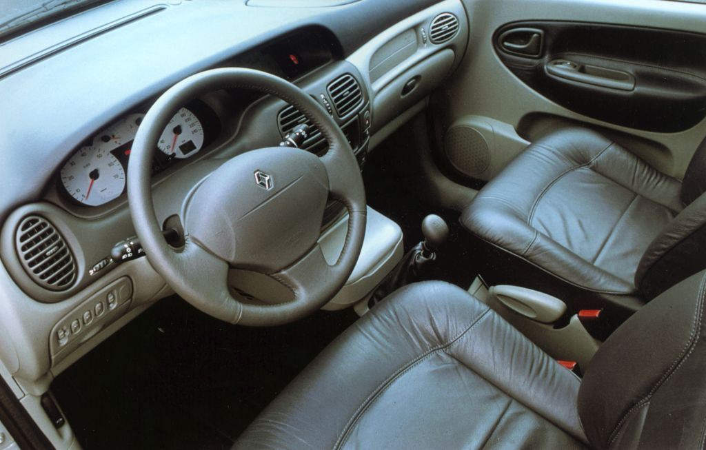 Renault Scenic Estate Review 1999 2003 Parkers