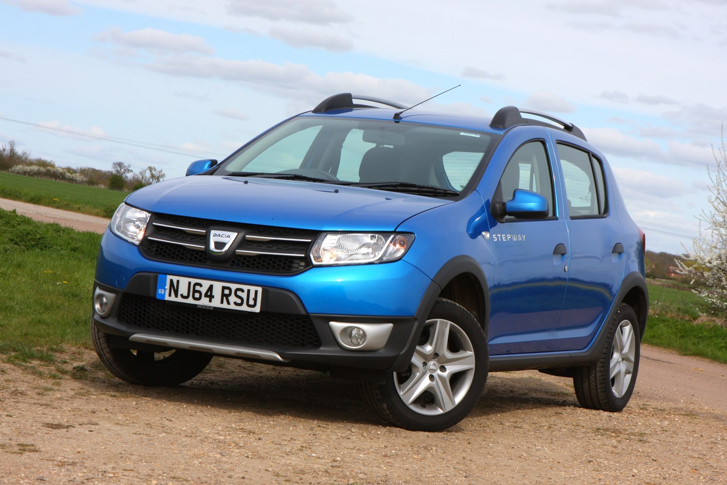dacia sandero stepway review parkers. Black Bedroom Furniture Sets. Home Design Ideas