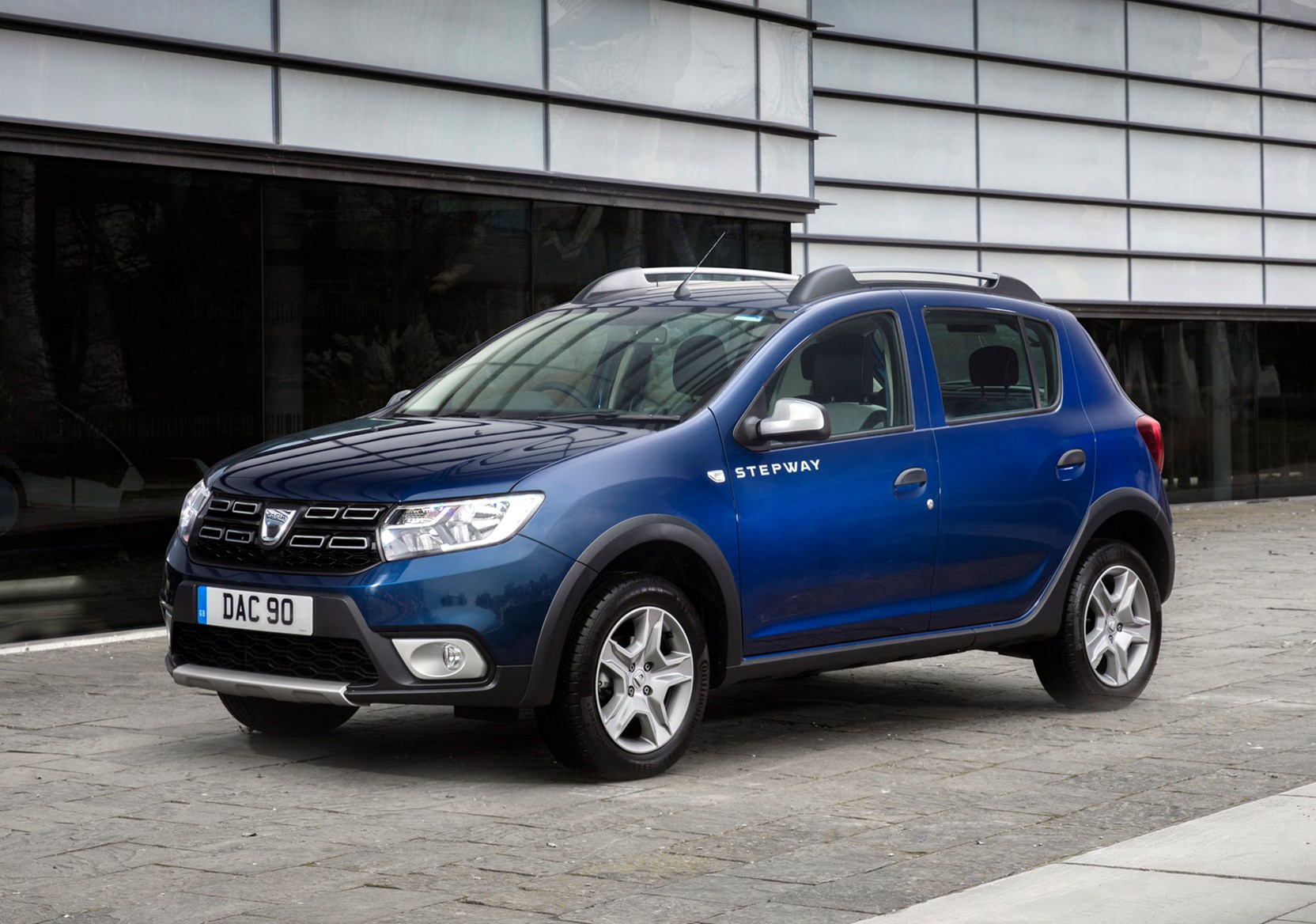 dacia sandero stepway review 2019 parkers. Black Bedroom Furniture Sets. Home Design Ideas
