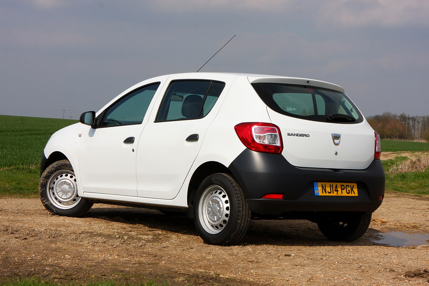 dacia sandero hatchback review parkers. Black Bedroom Furniture Sets. Home Design Ideas