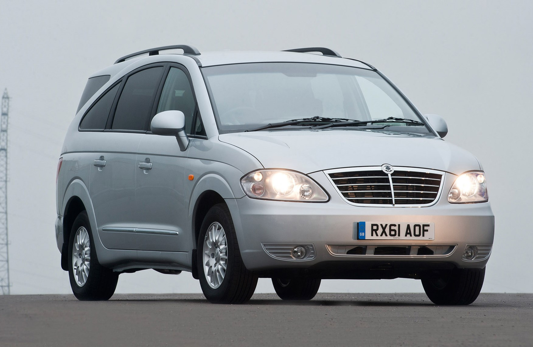 Ssangyong Rodius Estate Review 2005 2013 Parkers