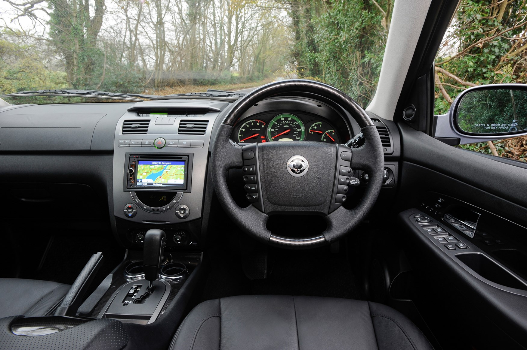 ssangyong rexton estate   review parkers