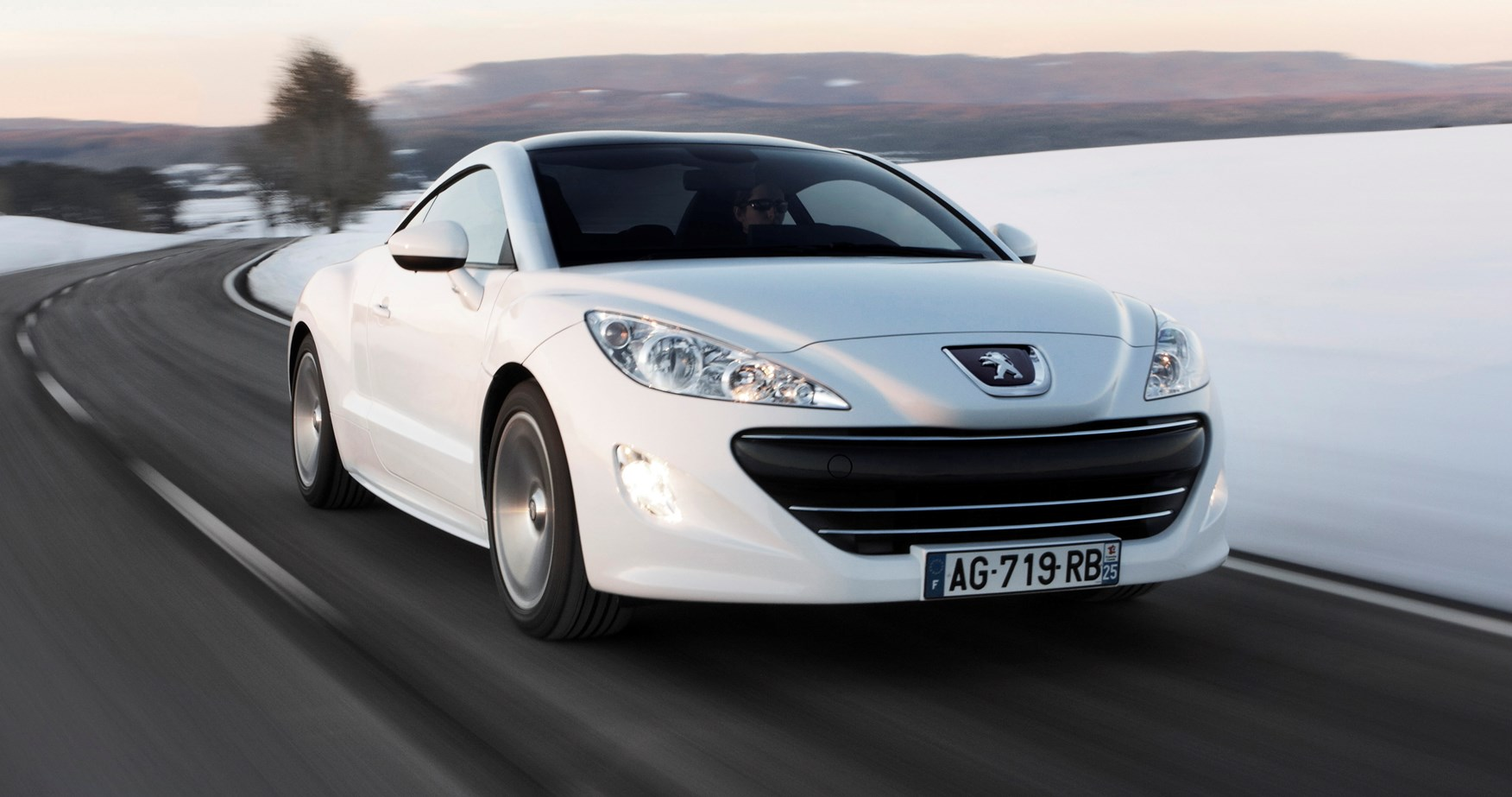 peugeot rcz for sale used peugeot rcz cars parkers autos post. Black Bedroom Furniture Sets. Home Design Ideas