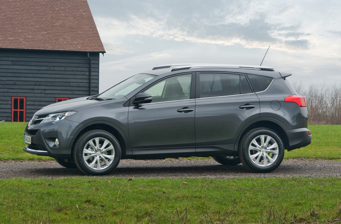 toyota rav4 estate 2013 features equipment and accessories parkers. Black Bedroom Furniture Sets. Home Design Ideas