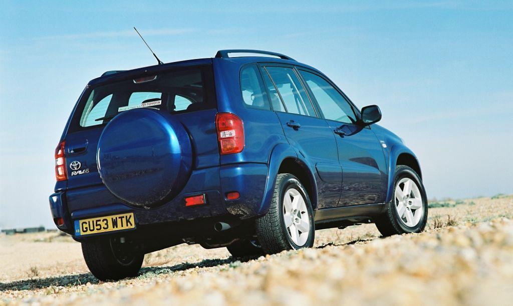 2005 Toyota Rav4 For Sale >> Toyota RAV4 Estate Review (2000 - 2005) | Parkers