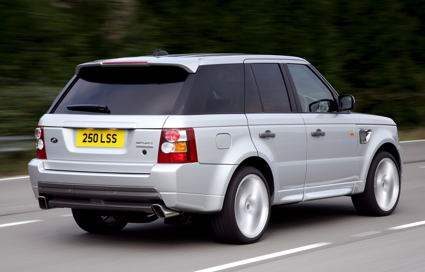 land rover range rover sport estate review 2005 2013 parkers. Black Bedroom Furniture Sets. Home Design Ideas
