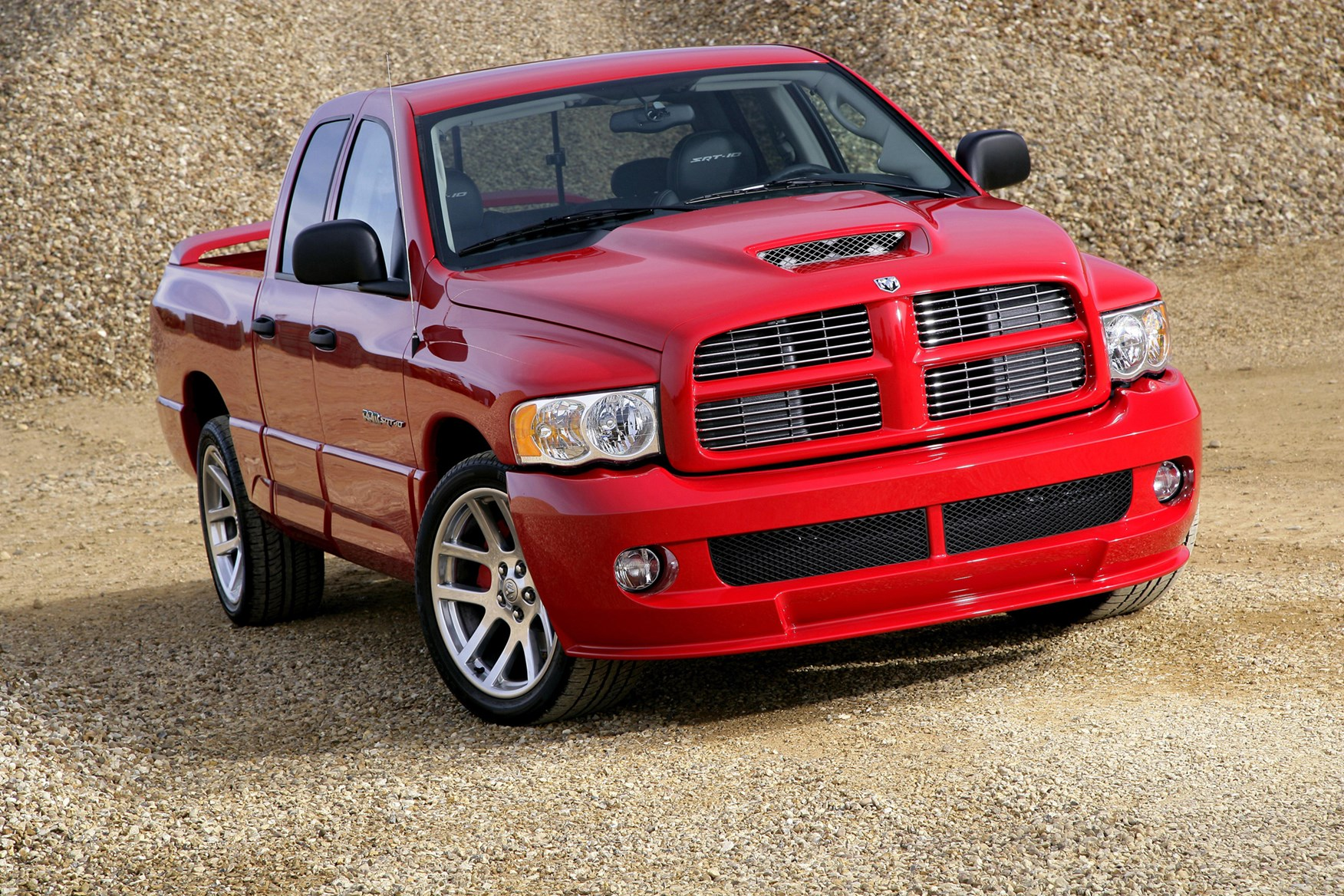 Dodge Ram Srt 10 2005 2006 Features Equipment And Accessories Parkers
