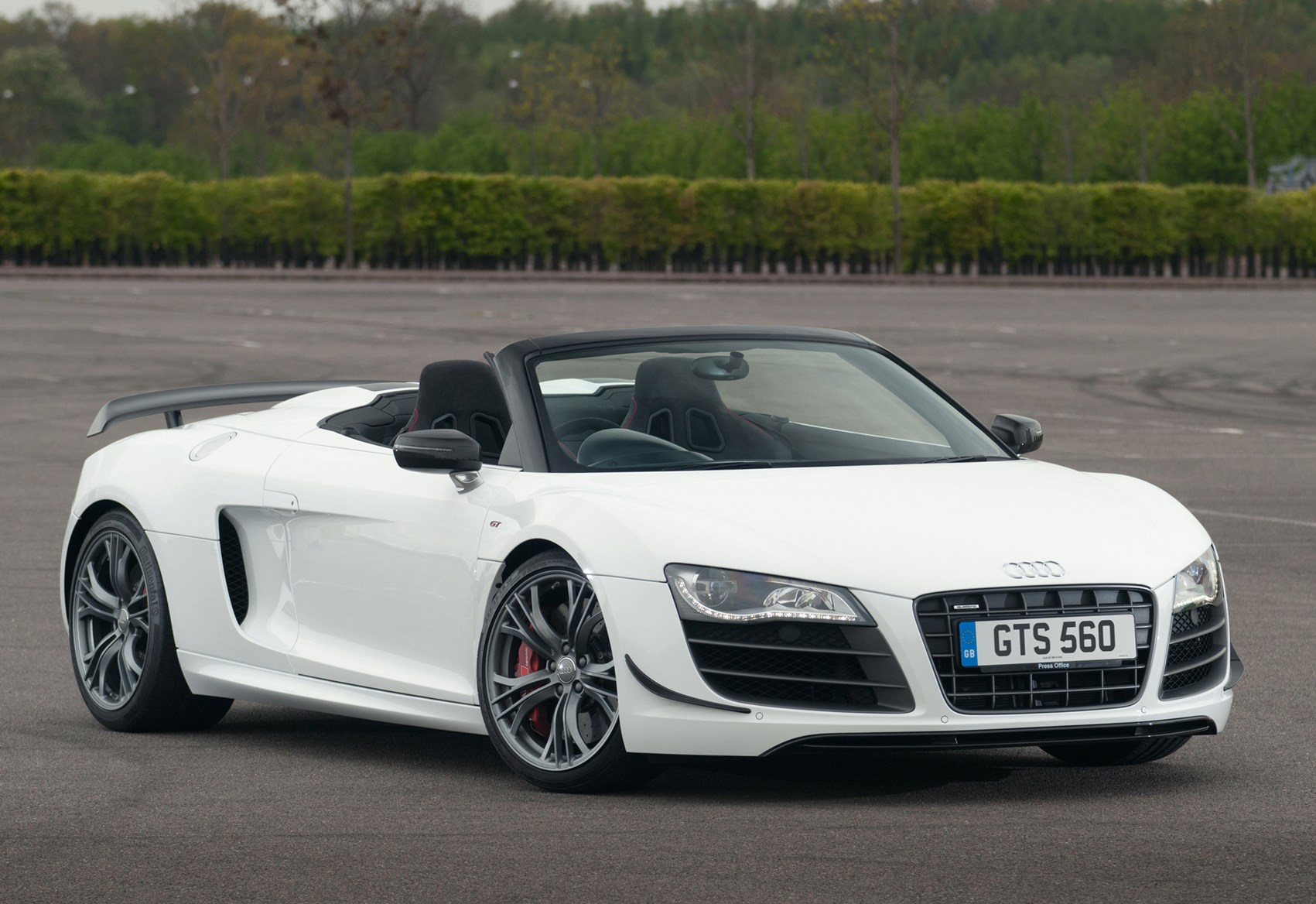 Used Audi R8 GT Spyder (2012 - 2012) Review | Parkers