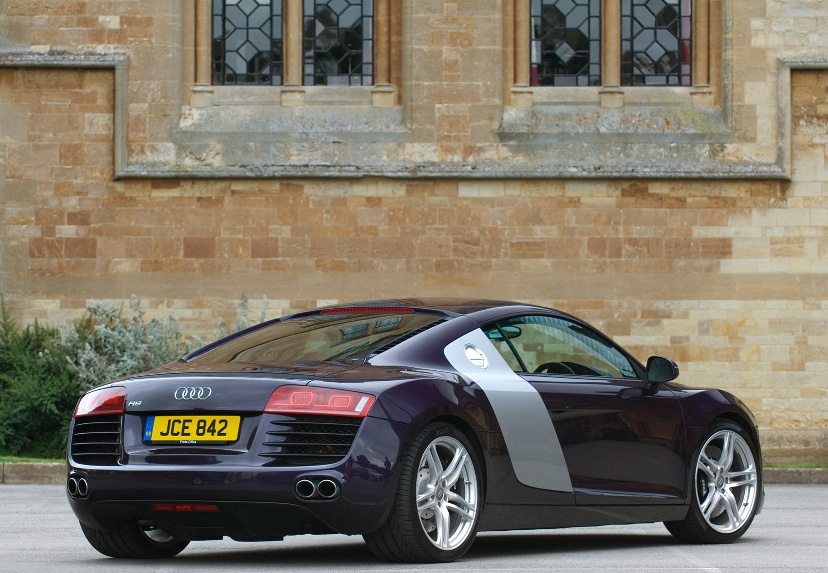 audi r8 coupe 2007 2014 running costs parkers. Black Bedroom Furniture Sets. Home Design Ideas