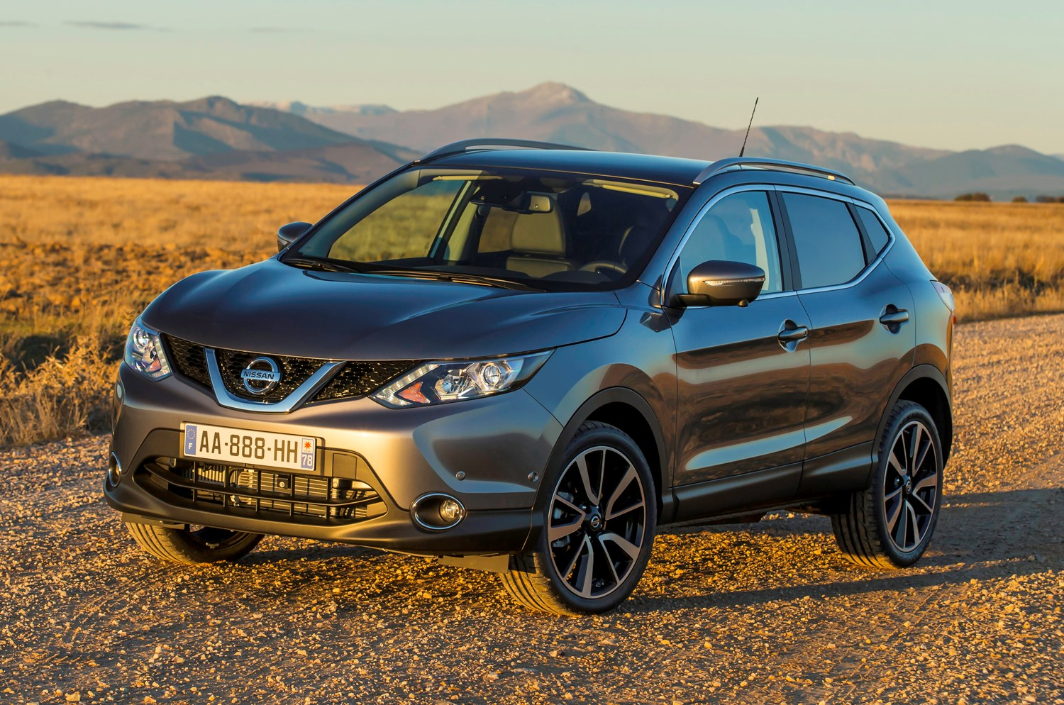 nissan qashqai suv review summary parkers