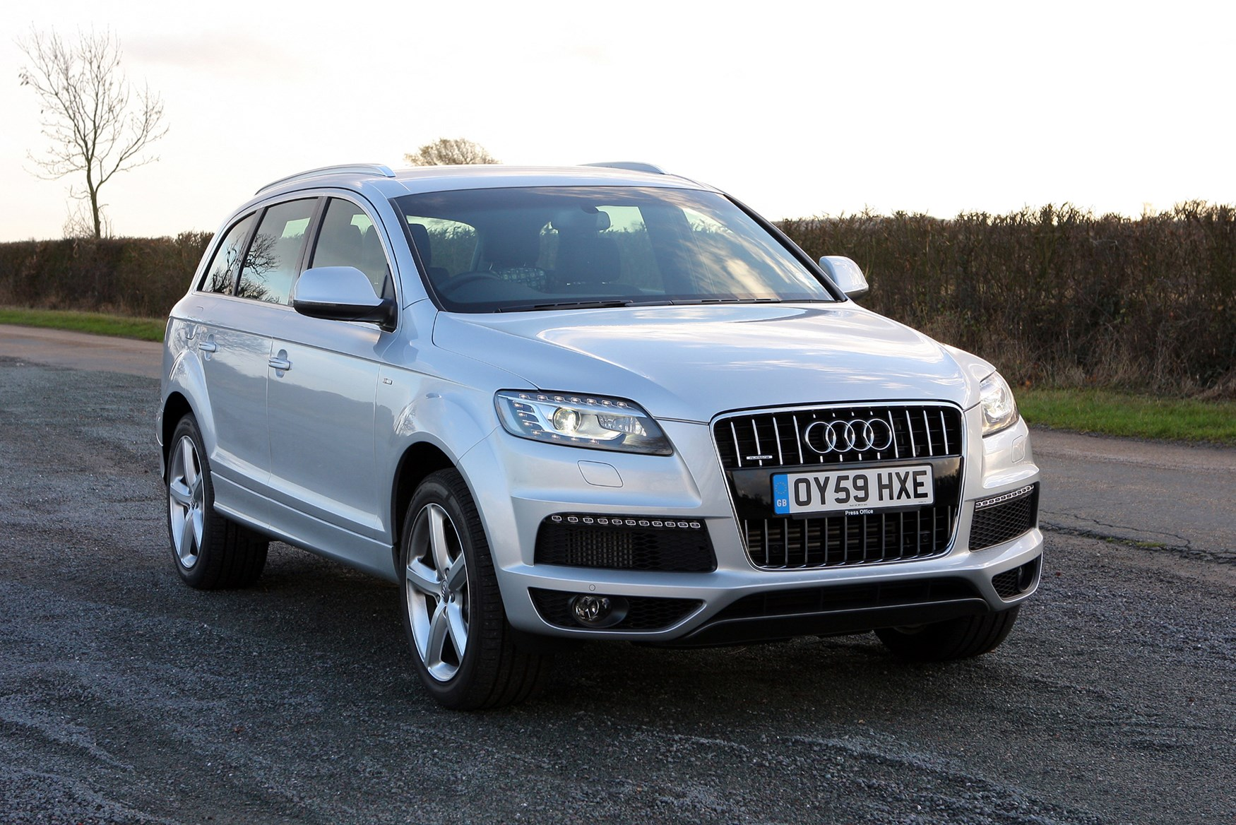 an spy news audi delayed emergency report mule for redesign photo