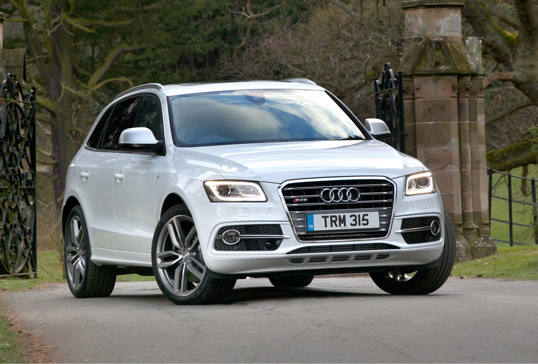 audi q5 sq5 2012 2016 running costs parkers. Black Bedroom Furniture Sets. Home Design Ideas