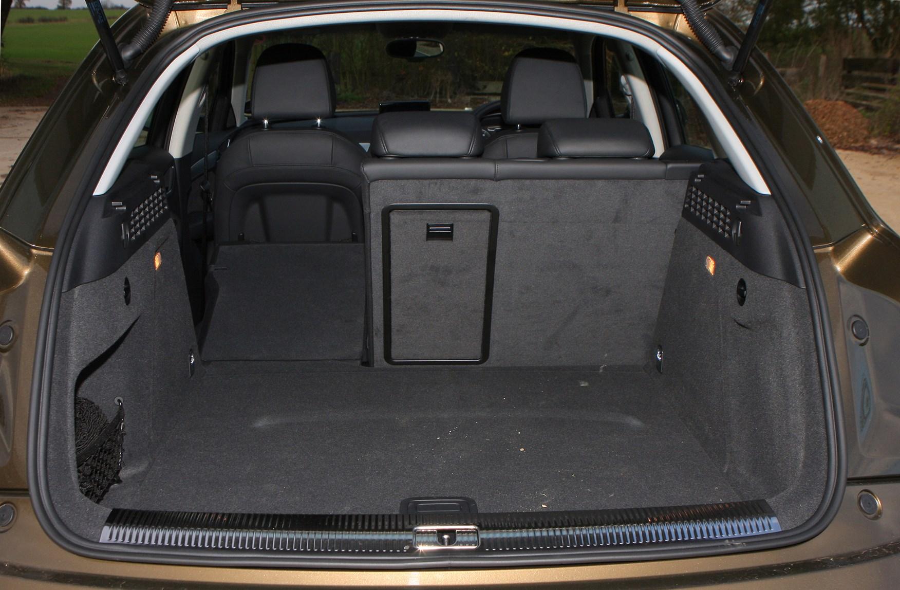 Audi q3 boot space litres