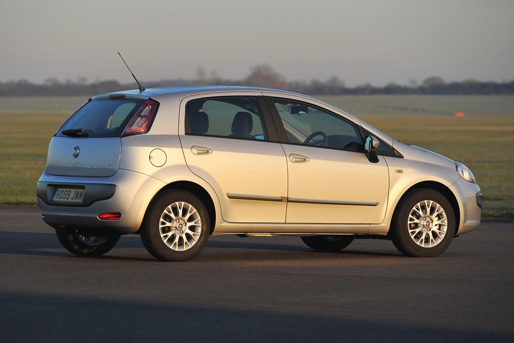 Fiat Punto Evo Hatchback Review 2010 2012 Parkers
