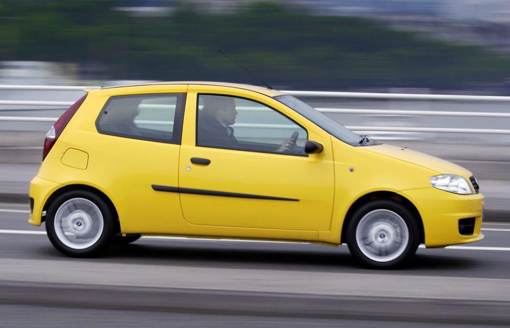 Fiat Punto Hatchback 2003 2006 Rivals Parkers