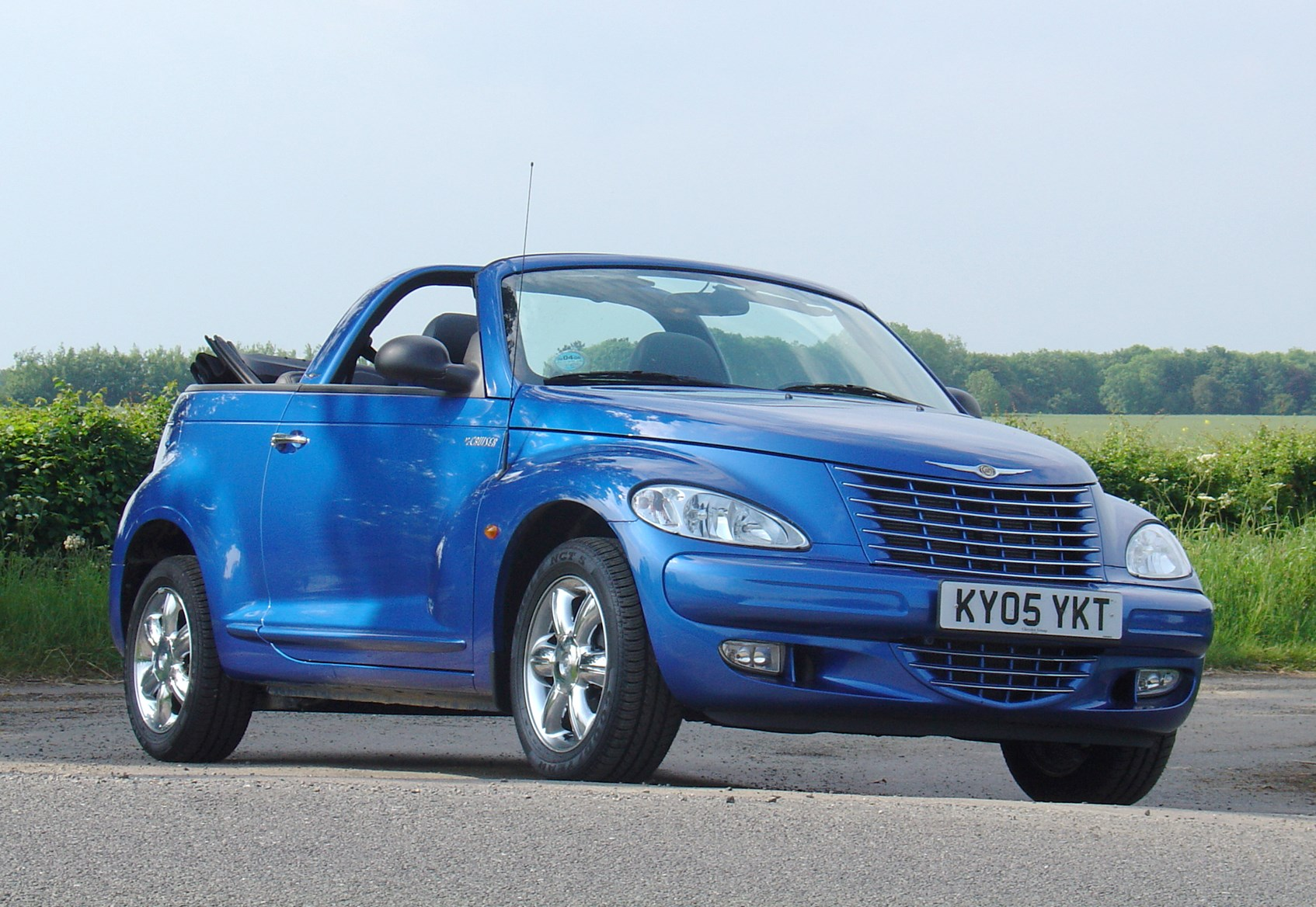 2008 Chrysler 300 For Sale >> Chrysler PT Cruiser Cabriolet (2005 - 2008) Features, Equipment and Accessories | Parkers