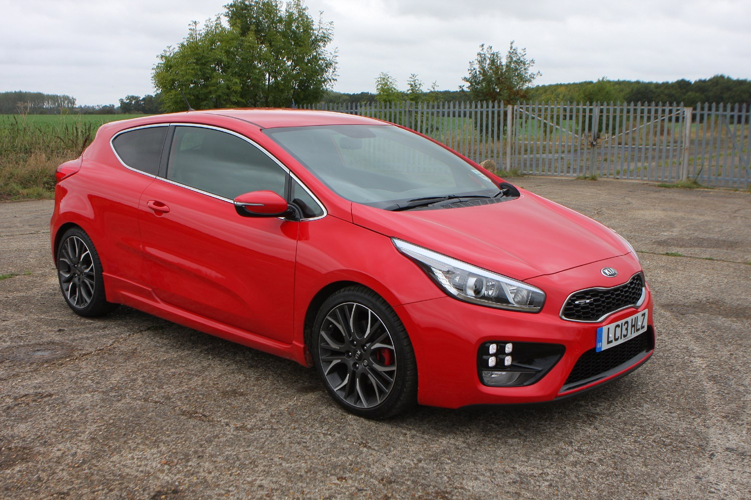 Kia Proceed Gt Review 2013 Parkers