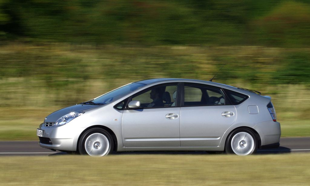 Used Toyota Prius Hatchback (2004 - 2009) Review | Parkers