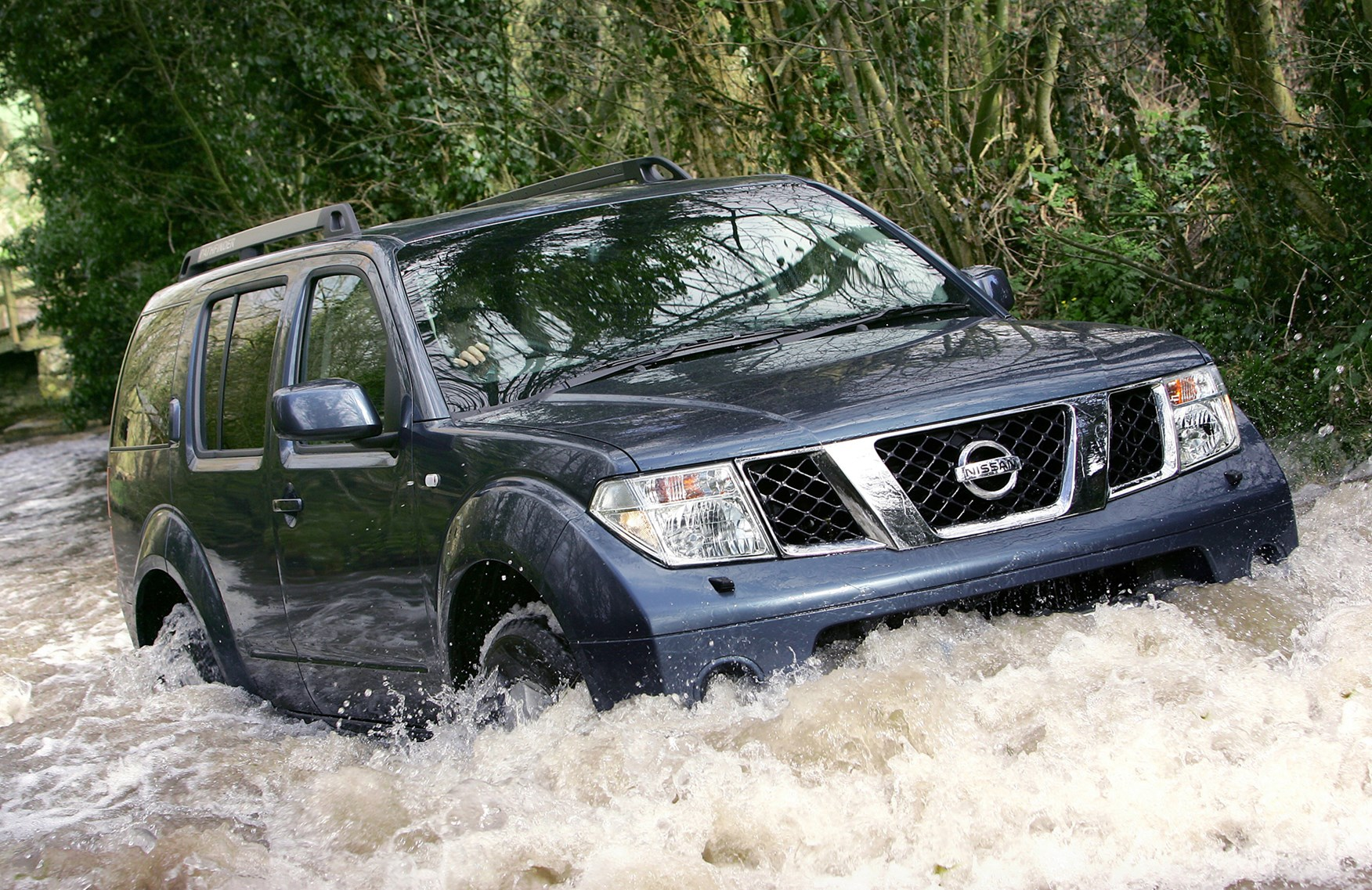 Nissan Pathfinder Station Wagon Review (2005   2014) | Parkers