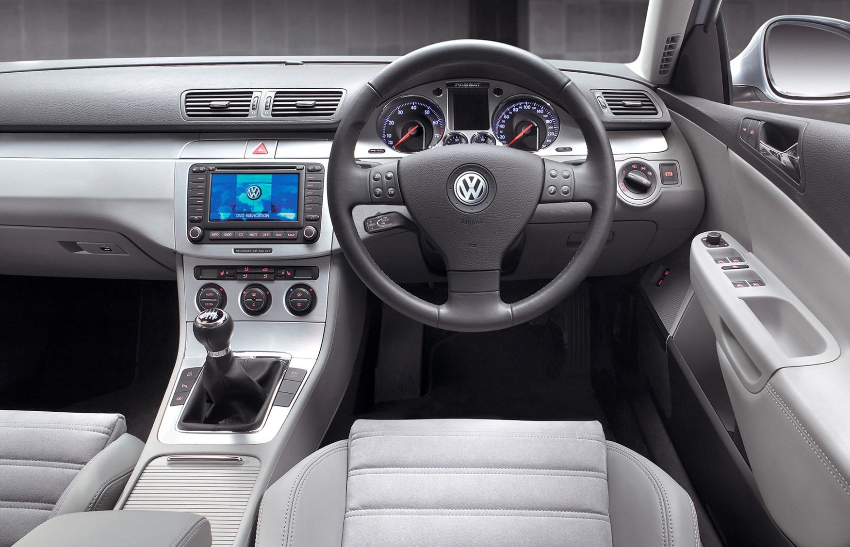 Volkswagen Passat Saloon Review 2005 2010 Parkers