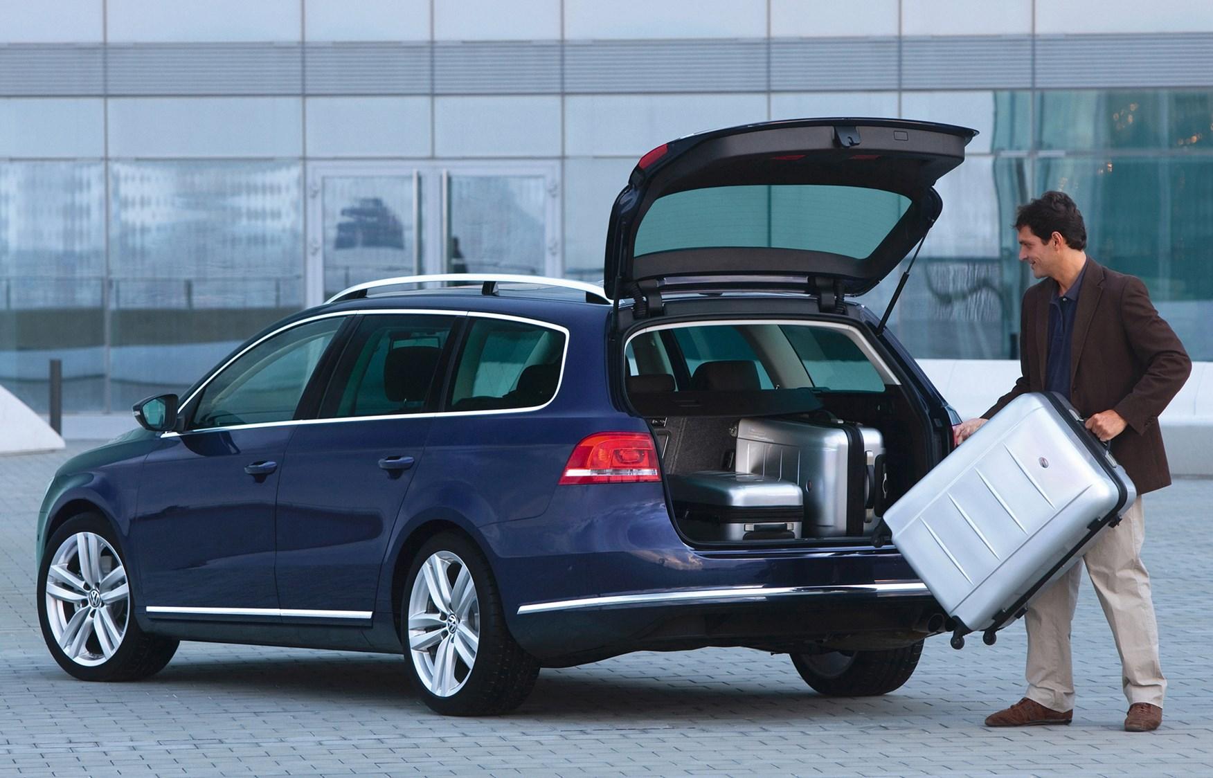 Used Volkswagen Passat Estate 2011 2014 Practicality Parkers