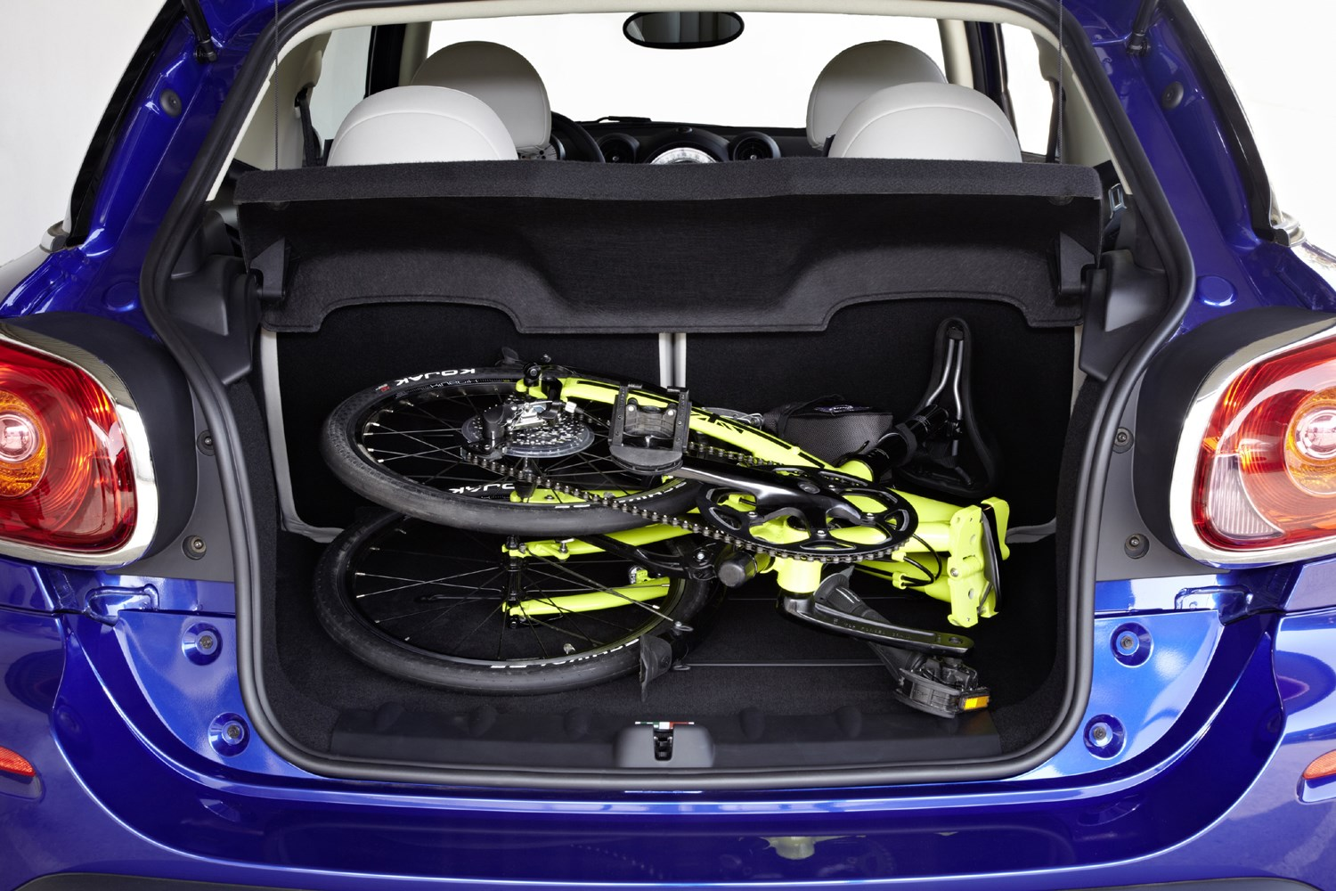 Mini Paceman Coupe 2013 2016 Features Equipment And Accessories