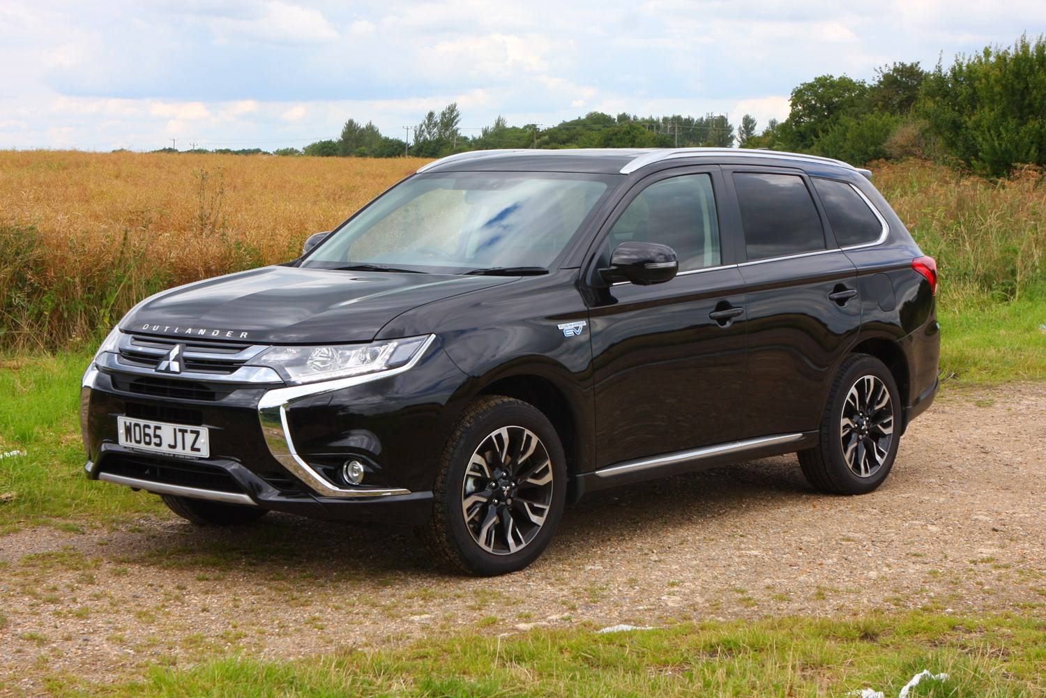 Mitsubishi Outlander Estate Review (2012 - ) | Parkers
