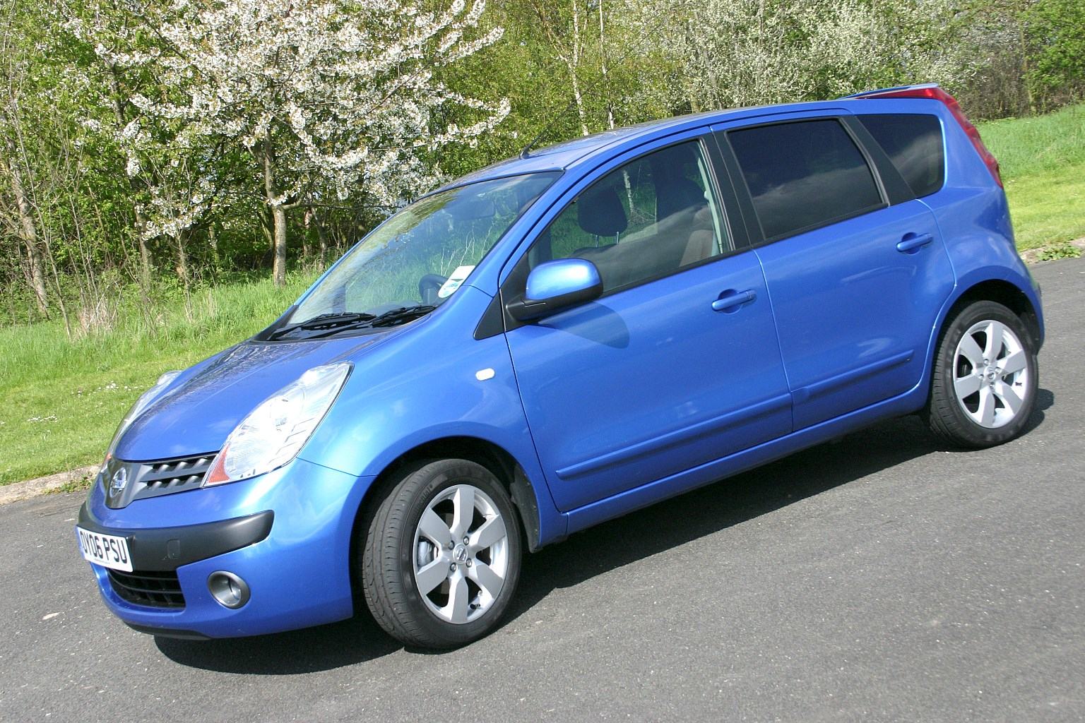 nissan note hatchback review 2006 2013 parkers. Black Bedroom Furniture Sets. Home Design Ideas