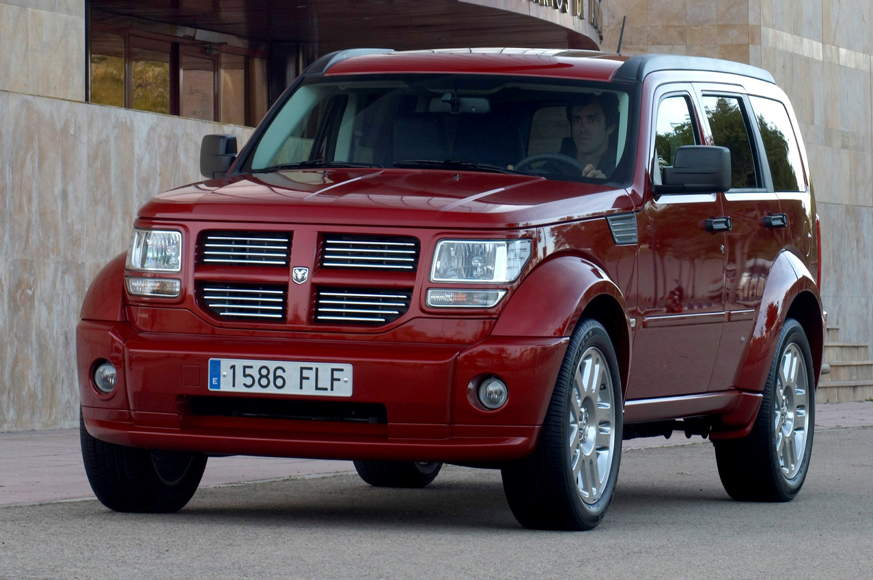 dodge nitro station wagon review   parkers