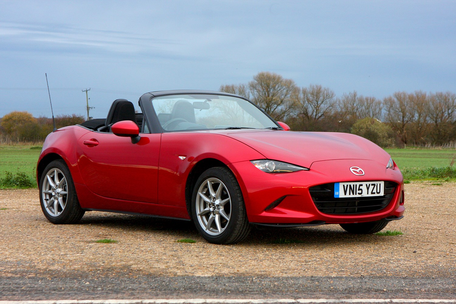 mazda mx 5 convertible review summary parkers. Black Bedroom Furniture Sets. Home Design Ideas