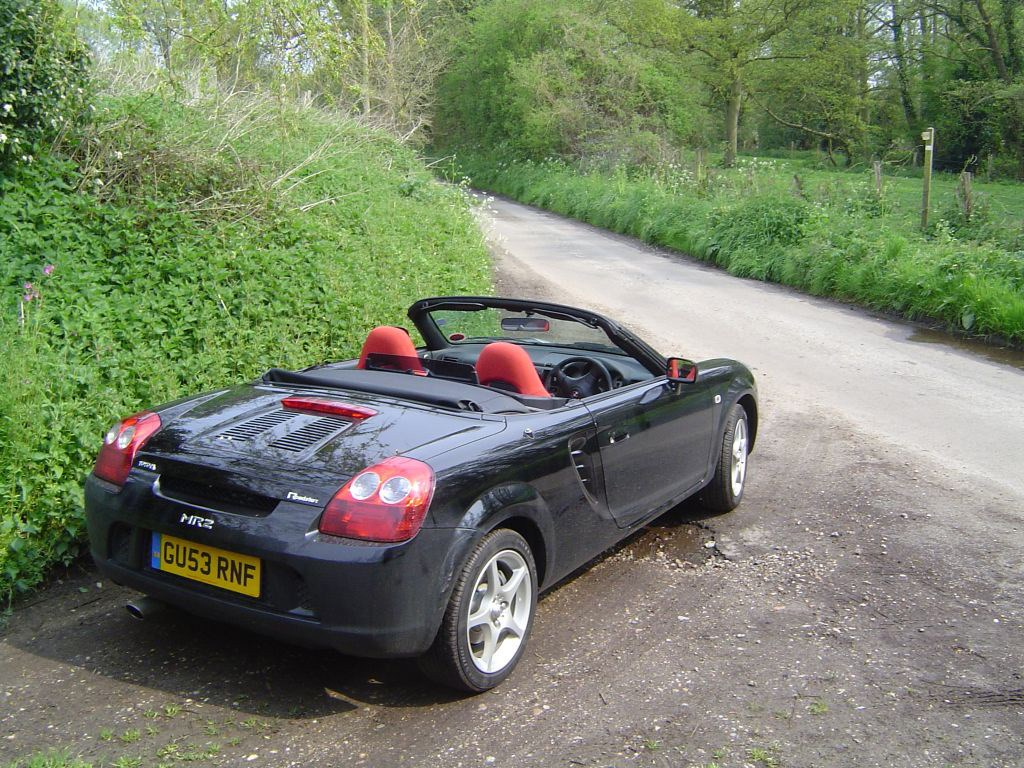 Toyota Mr2 Roadster Review 2000 - 2006  Parkers-5211