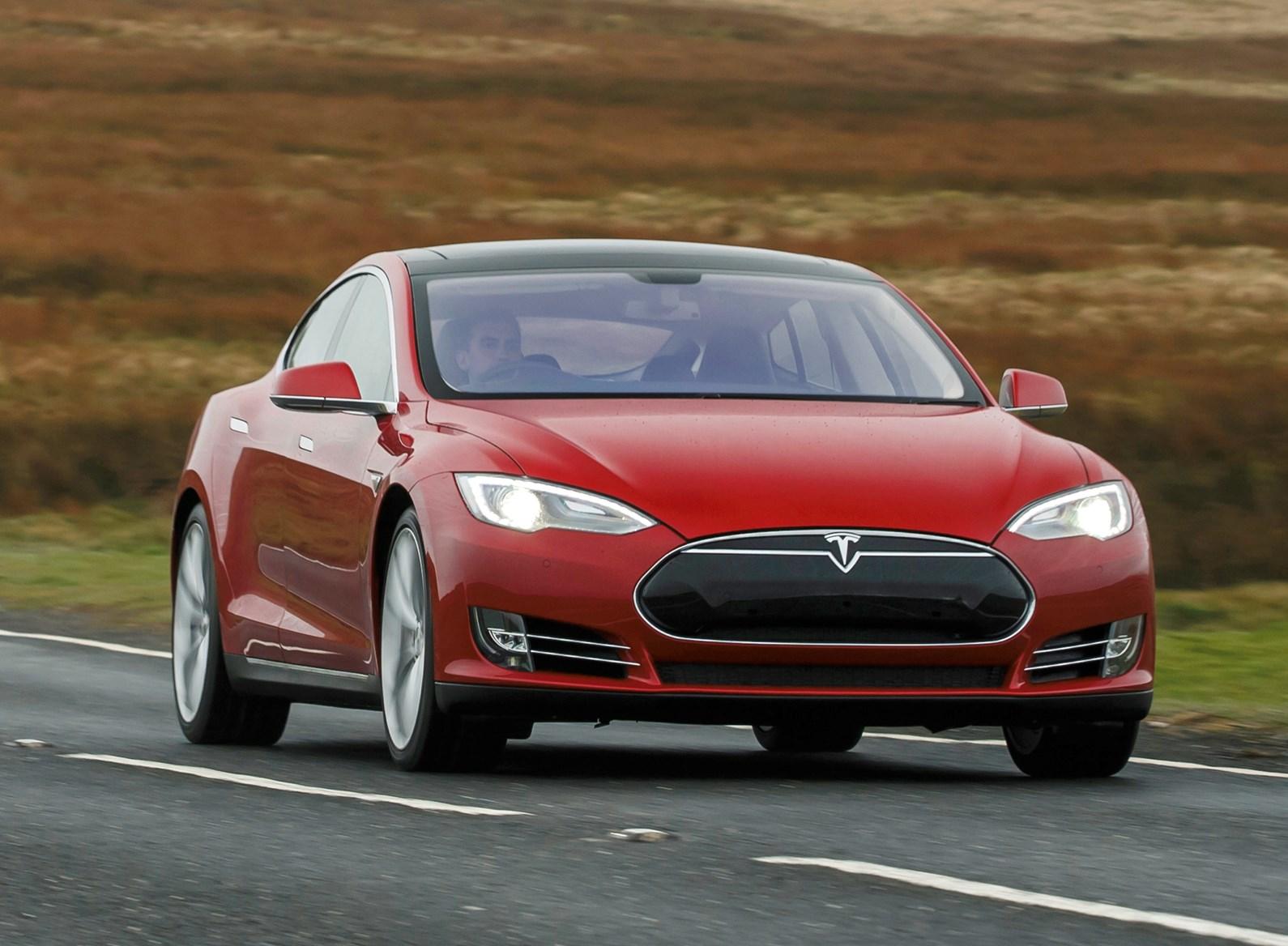Tesla Model S (2019) Engines, Drive & Performance | Parkers