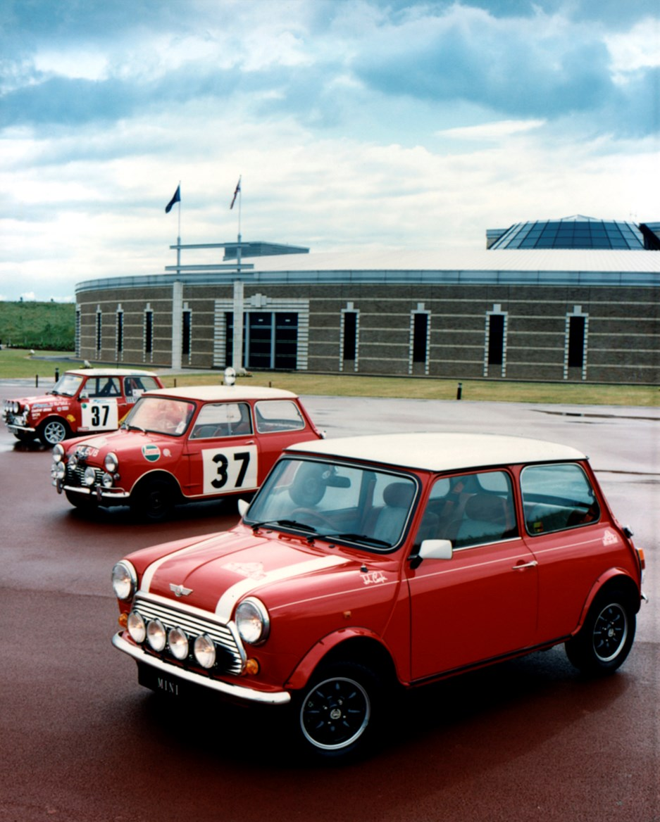 Rover Mini Saloon Review (1988 - 2001)