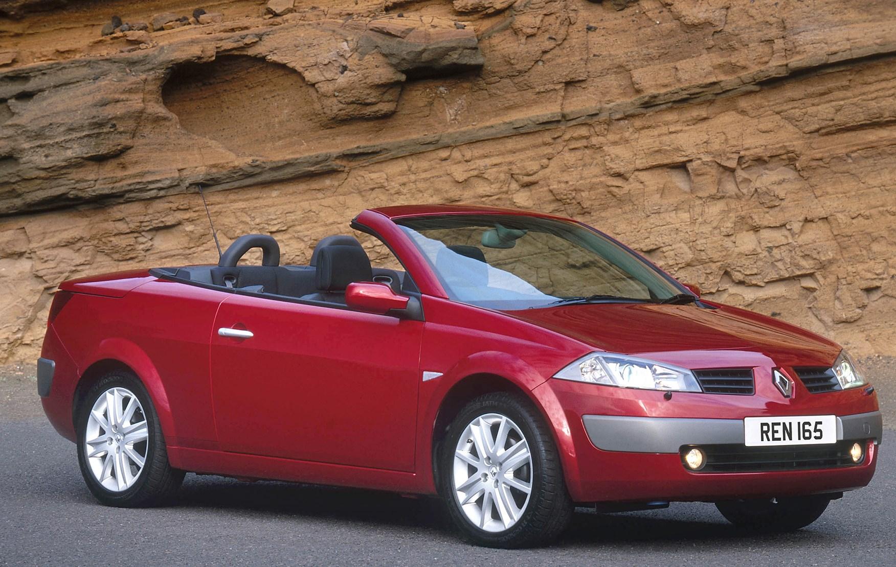 renault megane cabriolet review 2003 2005 parkers. Black Bedroom Furniture Sets. Home Design Ideas