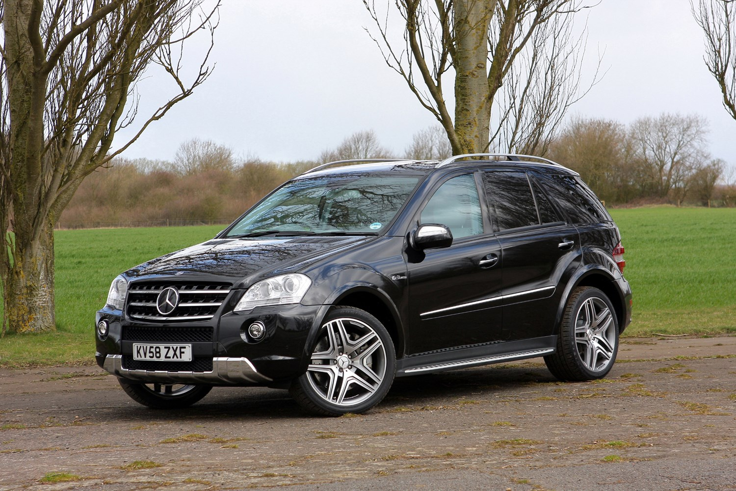 Mercedes benz m class amg review 2006 2010 parkers for How much is a mercedes benz c class
