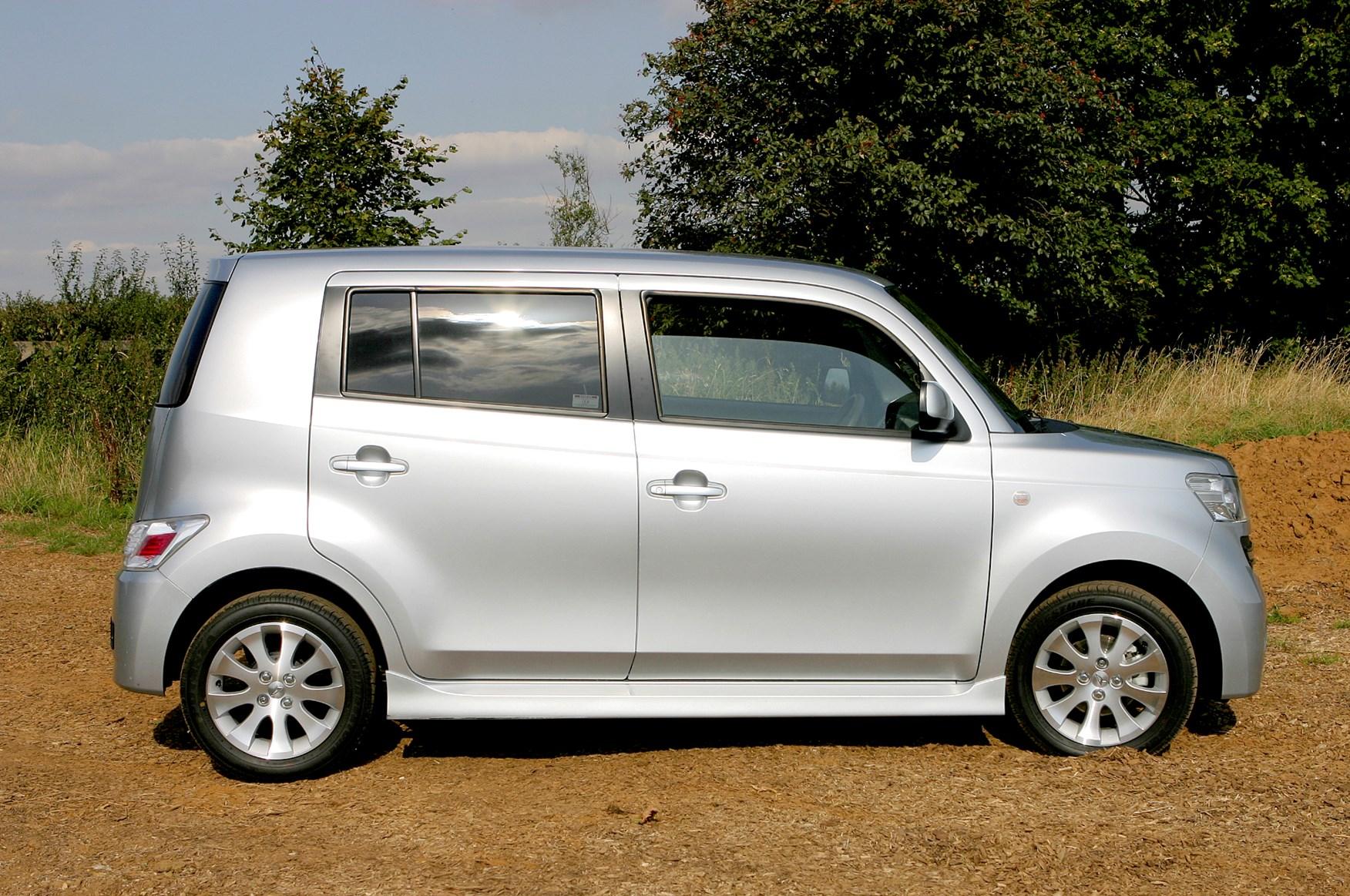 Daihatsu Materia Hatchback Review 2007 2010 Parkers