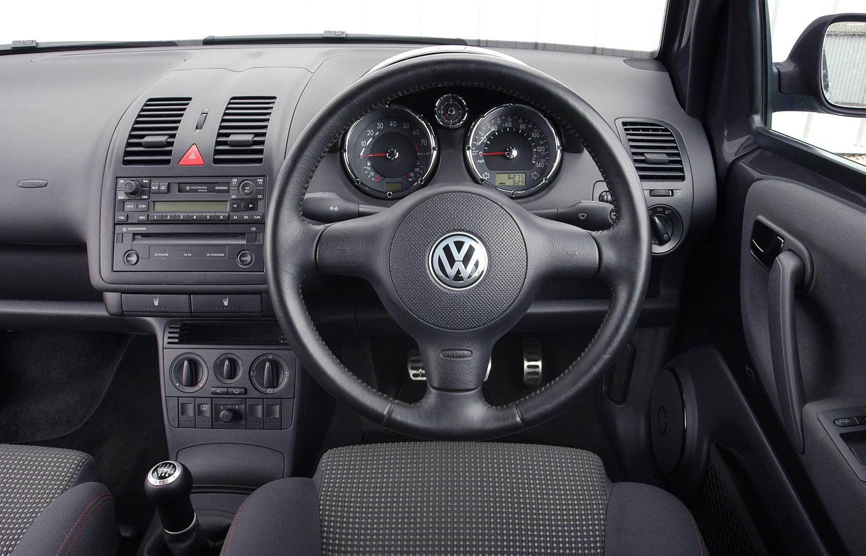 volkswagen lupo hatchback review   parkers