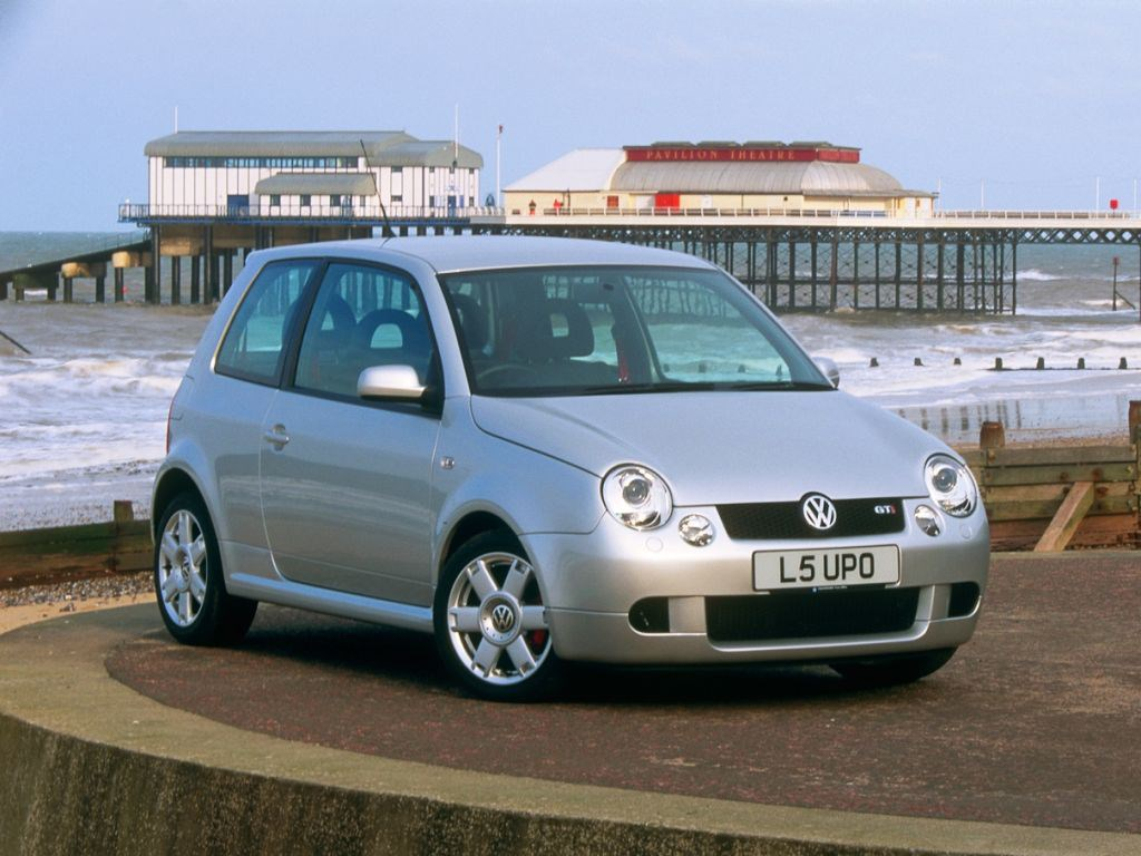 Volkswagen Lupo Hatchback Review (1999 - 2005) | Parkers